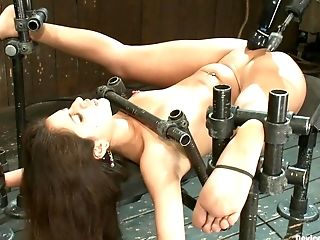 BDSM, Helpless, Jynx Maze, Spreading,