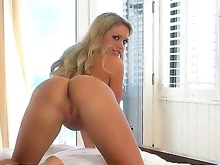 Amateur, Blonde, Dirty Dance, Fingering, HD, Jerking, Joi, Masturbation, Sex Toys, Solo,