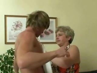 бабушка, зрелые, мамаша, старые, реалити, юные,