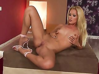 Babe, Big Tits, Blonde, Blowjob, Brutal, Dildo, Dirty Dance, Exhibitionist, Fingering, HD,